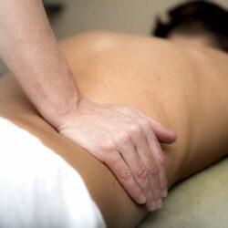 Akupressurmatte: Rückenschmerzen und Muskelverspannungen lindern